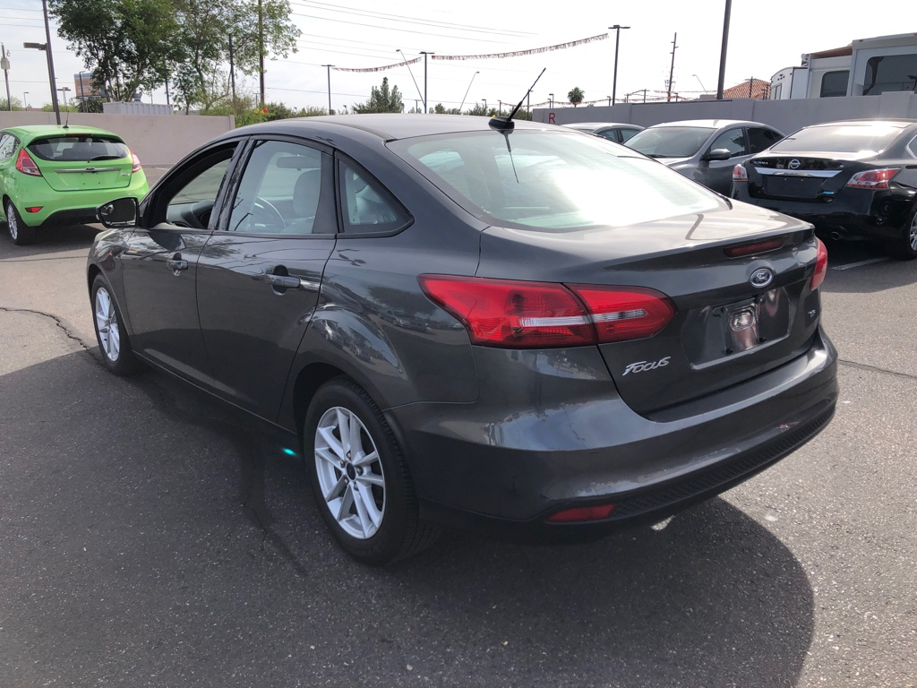 Pre-Owned 2015 Ford Focus 4dr Sdn SE