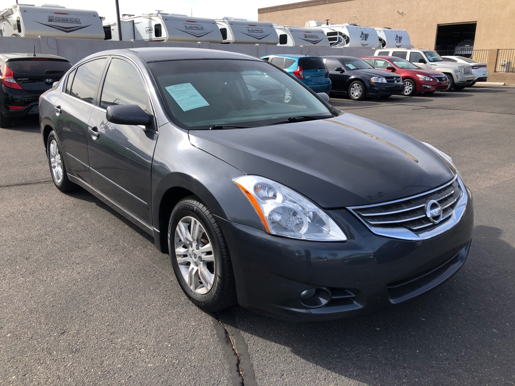 Pre-Owned 2012 Nissan Altima 4dr Sdn I4 Man 2.5 S