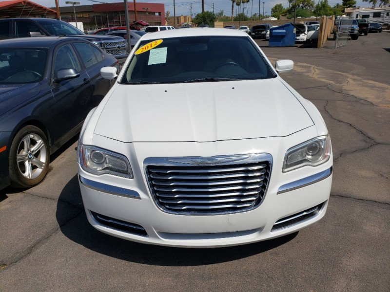 Pre-Owned 2012 Chrysler 300 4DS