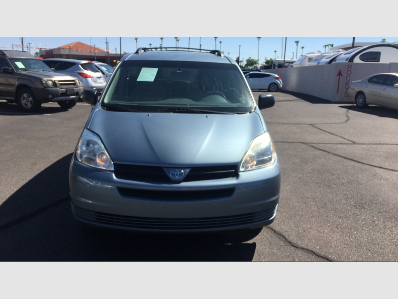 Pre-Owned 2005 Toyota Sienna 5dr LE AWD