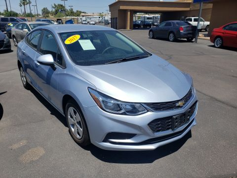 Pre-Owned 2017 Chevrolet CRUZE 4 DOOR SEDAN