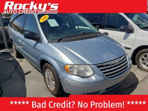 Pre-Owned 2006 Chrysler TOWN COUNTRY 4 DOOR VAN; EXTENDED
