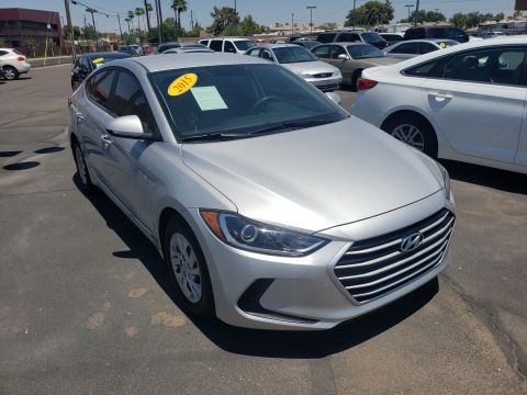Pre-Owned 2017 Hyundai ELANTRA 4 DOOR SEDAN